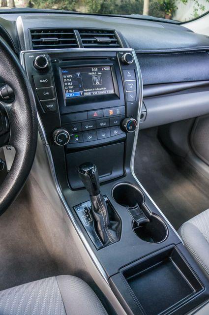 2015 Toyota Camry LE Reseda, CA 24