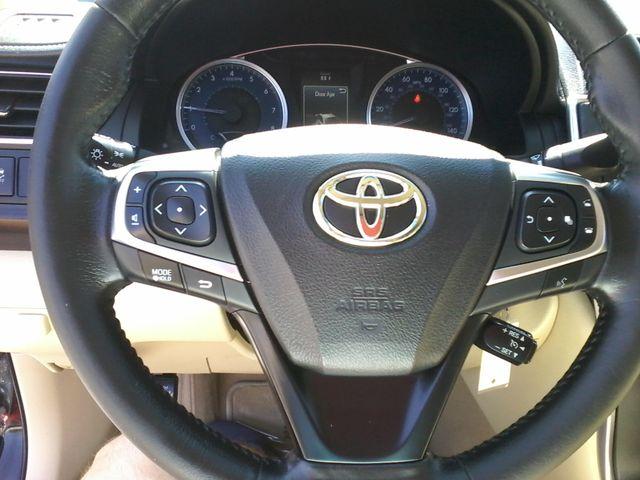 2015 Toyota Camry XLE San Antonio, Texas 15