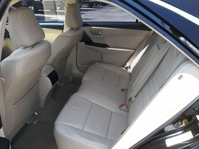 2015 Toyota Camry XLE San Antonio, Texas 8