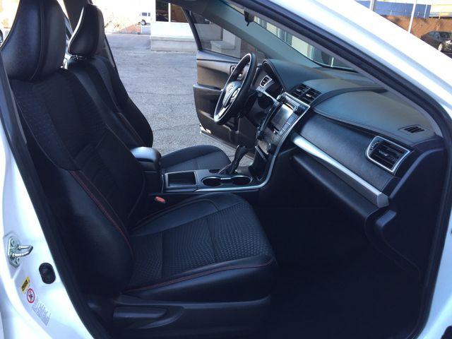2015 Toyota Camry SE 5 YEAR/60 MILE FACTORY POWERTRAIN WARRANTY Mesa, Arizona 13