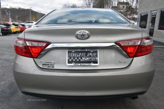 2015 Toyota Camry XLE Waterbury, Connecticut 8