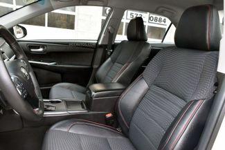 2015 Toyota Camry SE Waterbury, Connecticut 13