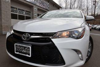 2015 Toyota Camry SE Waterbury, Connecticut 2
