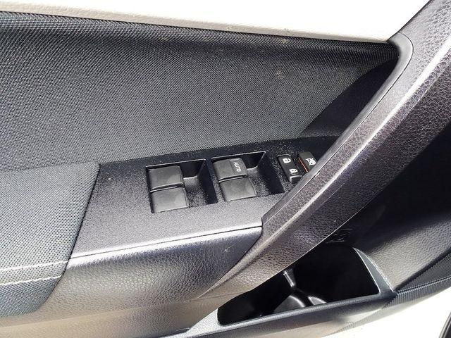 2015 Toyota Corolla LE Madison, NC 25