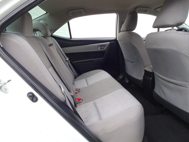 2015 Toyota Corolla LE Madison, NC 33