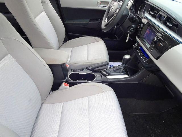 2015 Toyota Corolla LE Madison, NC 41