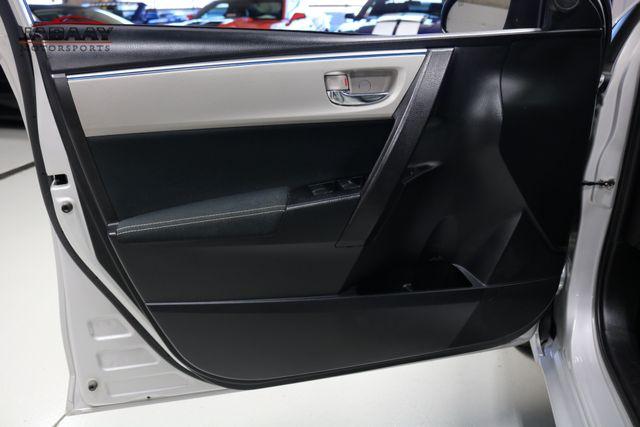 2015 Toyota Corolla LE Plus Merrillville, Indiana 21