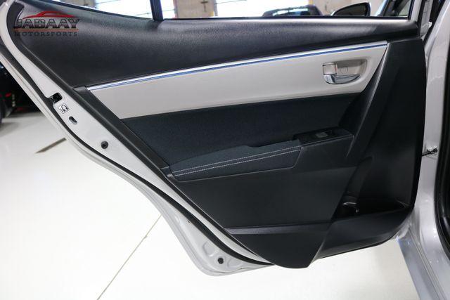 2015 Toyota Corolla LE Plus Merrillville, Indiana 23