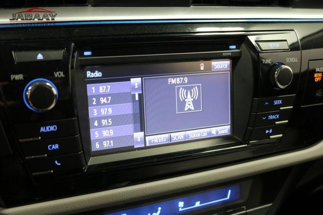 2015 Toyota Corolla LE Plus Merrillville, Indiana 18