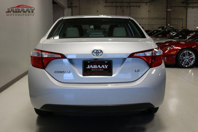 2015 Toyota Corolla LE Plus Merrillville, Indiana 3