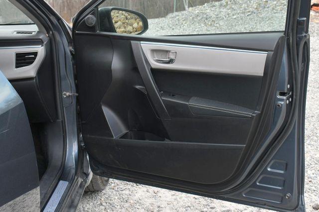 2015 Toyota Corolla LE Naugatuck, Connecticut 10