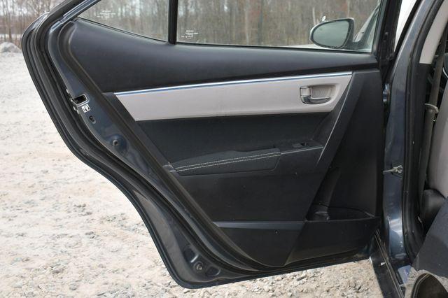 2015 Toyota Corolla LE Naugatuck, Connecticut 12