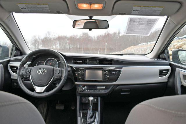 2015 Toyota Corolla LE Naugatuck, Connecticut 14