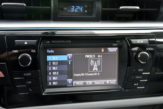 2015 Toyota Corolla LE Waterbury, Connecticut 24