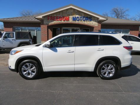 2015 Toyota Highlander XLE | Abilene, Texas | Freedom Motors  in Abilene, Texas