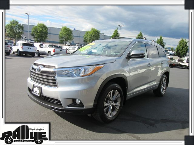 2015 Toyota Highlander XLE in Burlington WA, 98233