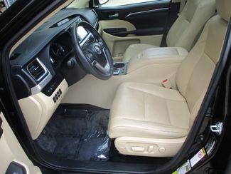 2015 Toyota Highlander Limited Platinum Farmington, MN 7