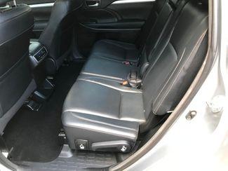 2015 Toyota Highlander XLE Farmington, MN 5