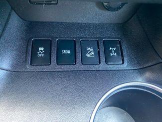2015 Toyota Highlander XLE Farmington, MN 10