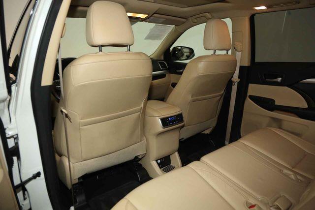 2015 Toyota Highlander XLE Houston, Texas 19