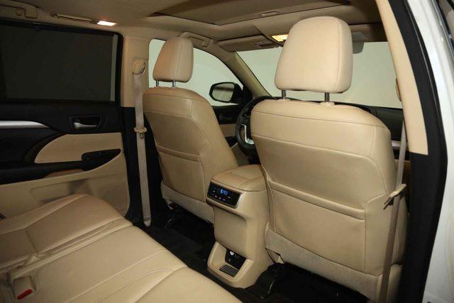 2015 Toyota Highlander XLE Houston, Texas 22