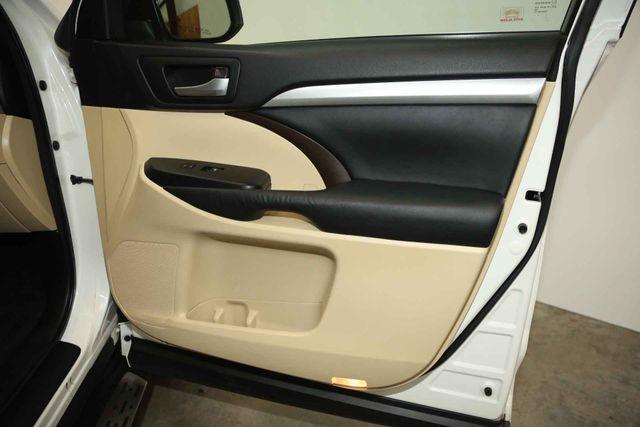 2015 Toyota Highlander XLE Houston, Texas 23