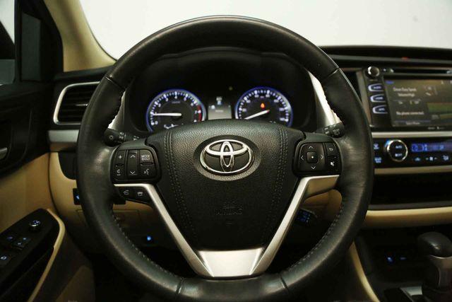 2015 Toyota Highlander XLE Houston, Texas 28