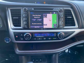 2015 Toyota Highlander Hybrid Limited Farmington, MN 8