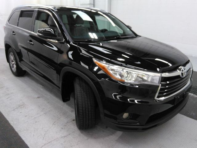 2015 Toyota Highlander XLE in St. Louis, MO 63043