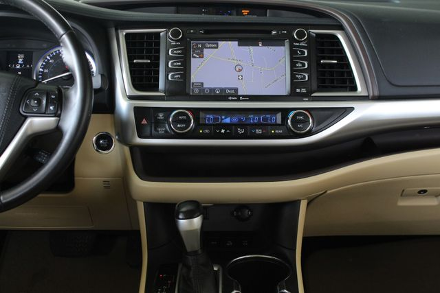 2015 Toyota Highlander XLE AWD Mooresville , NC 10