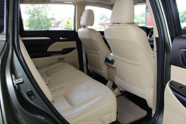 2015 Toyota Highlander XLE AWD Mooresville , NC 44