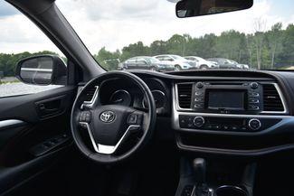2015 Toyota Highlander LE Naugatuck, Connecticut 15