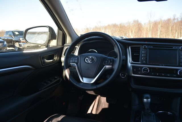 2015 Toyota Highlander Limited Naugatuck, Connecticut 13