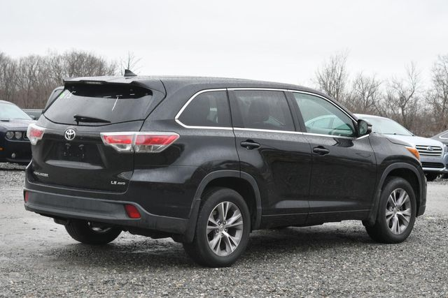 2015 Toyota Highlander LE Naugatuck, Connecticut 4