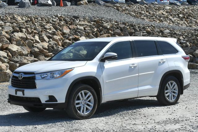 2015 Toyota Highlander LE Naugatuck, Connecticut