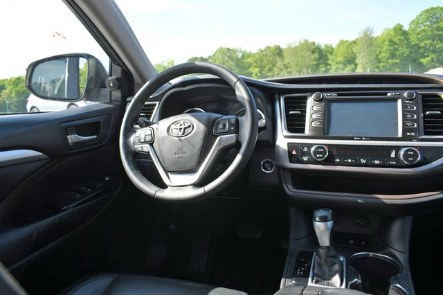 2015 Toyota Highlander XLE Naugatuck, Connecticut 14