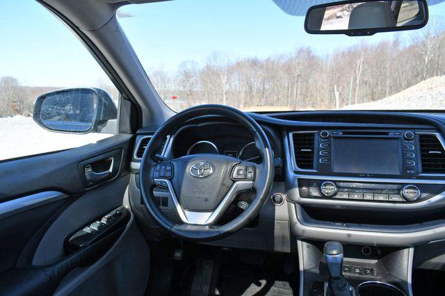 2015 Toyota Highlander XLE Naugatuck, Connecticut 19