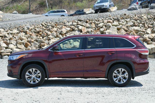 2015 Toyota Highlander LE AWD Naugatuck, Connecticut 3