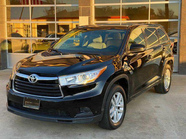 2015 Toyota Highlander LE in Richardson, TX 75080