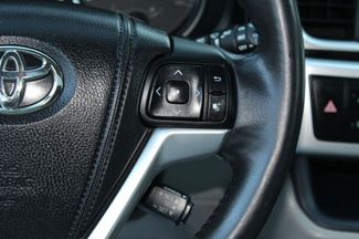 2015 Toyota Highlander XLE  city PA  Carmix Auto Sales  in Shavertown, PA