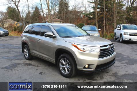 2015 Toyota Highlander XLE in Shavertown