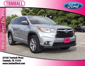 2015 Toyota Highlander LE in Tomball, TX 77375