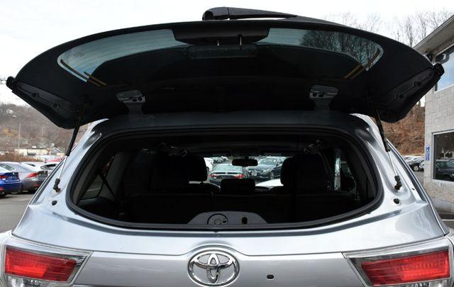 2015 Toyota Highlander XLE Waterbury, Connecticut 19
