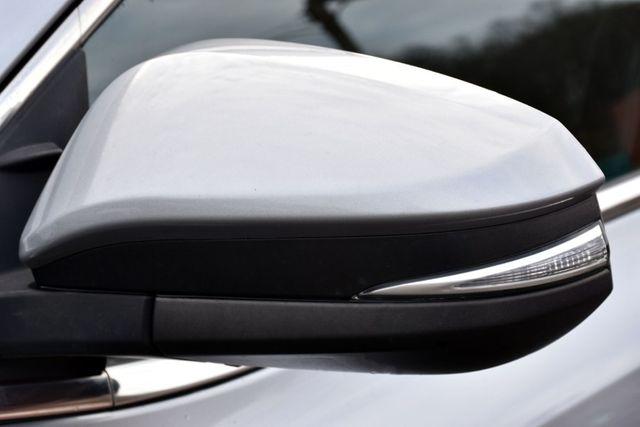 2015 Toyota Highlander XLE Waterbury, Connecticut 13