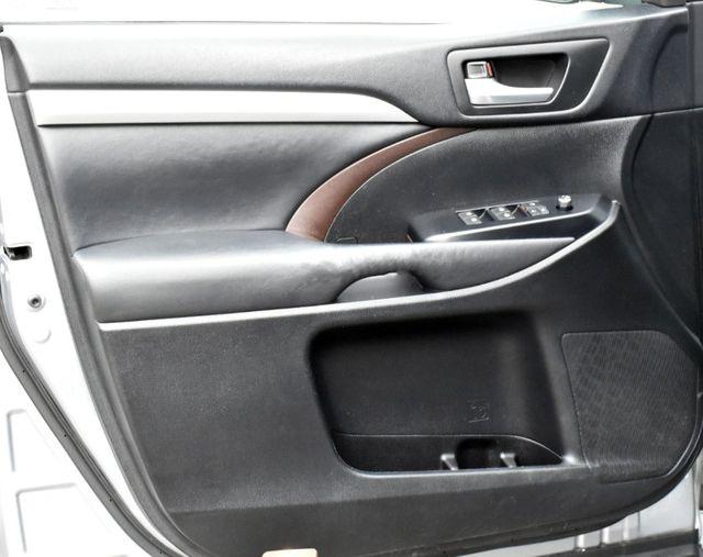 2015 Toyota Highlander XLE Waterbury, Connecticut 33