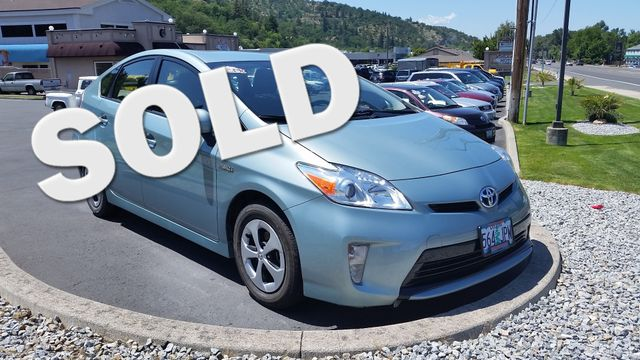 2015 Toyota Prius Two | Ashland, OR | Ashland Motor Company in Ashland OR