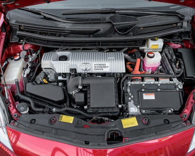 2015 Toyota Prius Four Burbank, CA 24