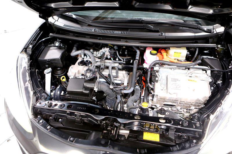 2015 Toyota Prius c Three -  Bluetooth - AUX - 1 owner  city California  MDK International  in Los Angeles, California