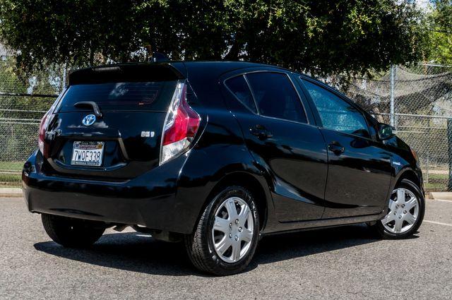 2015 Toyota Prius c Three in Reseda, CA, CA 91335