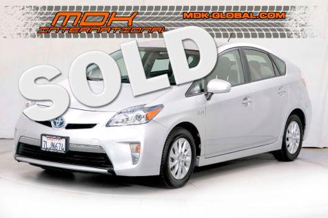 2015 Toyota Prius Plug-In III in Los Angeles